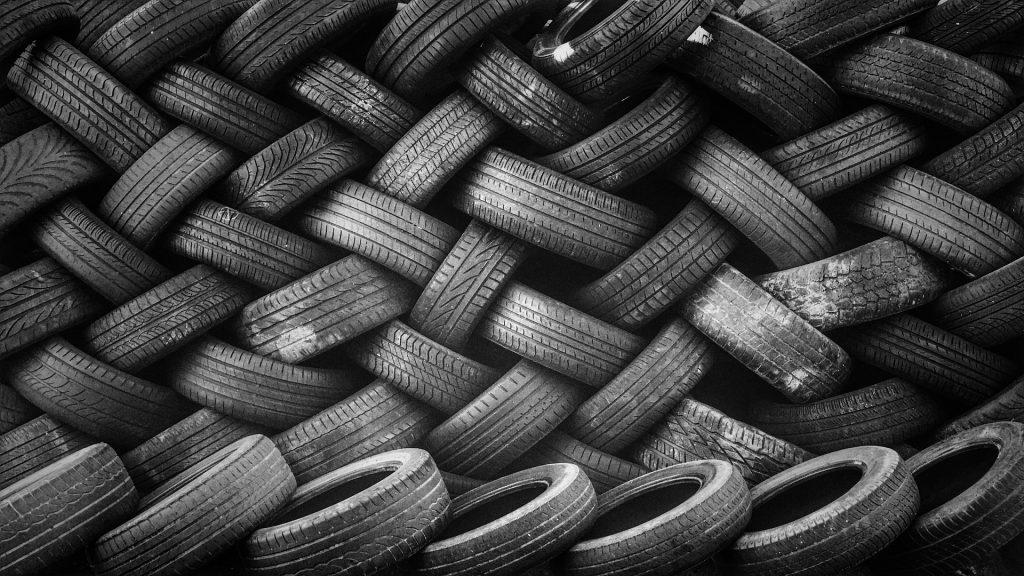 Kasa renkaita: Parempi kierrätyksen varastossa kuin kaatopaikalla...